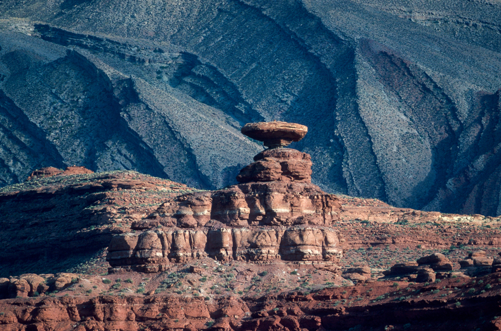 USA, Utah, Monument Valley Mexican Hat (1987)