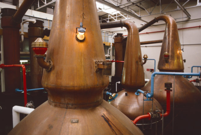 Großbritannien, Schottland, Speyside, The Glenlivet Distillery Brennblasen (1987)