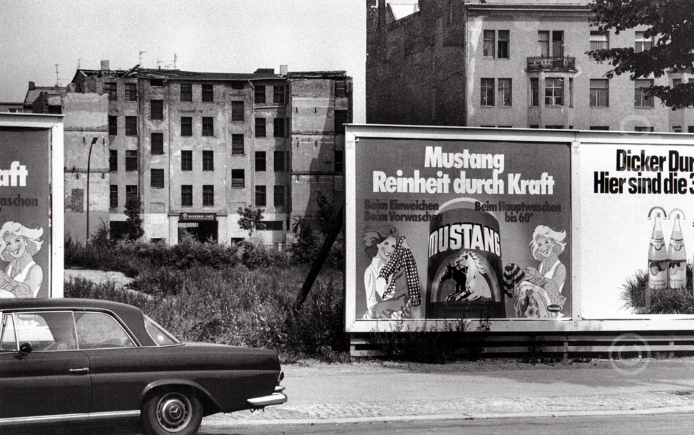 Deutschland Berlin Kreuzberg, Abrishäuser (1975) / Germany, Berlin Kreuzberg, buildings awaiting demolition (1975)