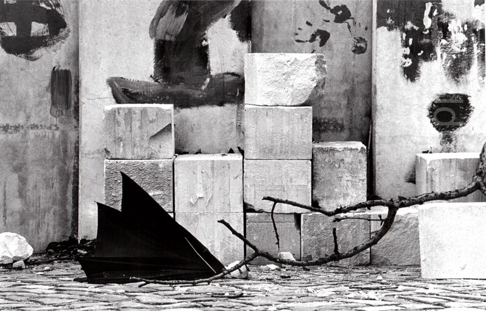 Deutschland, Braunschweig, Baustellen-Stilleben (1974)  / Germany, Brunswick, construction site still life (1974)