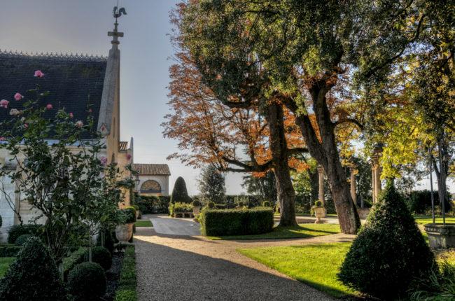 Frankreich, Gironde, Pessac-Léognan Château Mission Haut-Brion (2011)