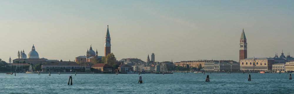 Venedig, Italien, Blick von Lagune auf Santa Maria della Salute, San Giorgio Maggiore und Campanile San Marco