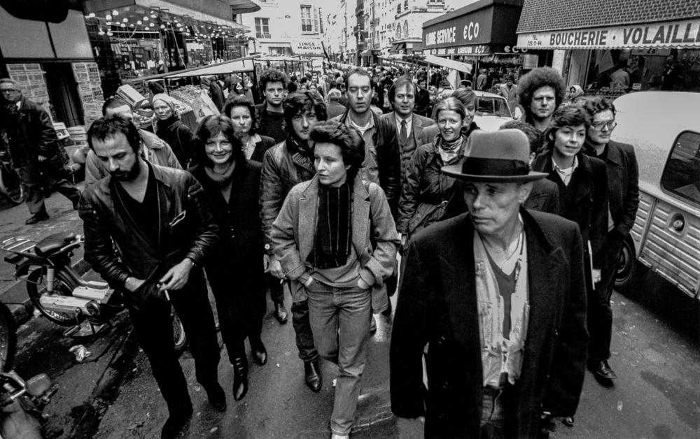 Frankreich, Paris, Joseph Beuys und Schüler (1981)