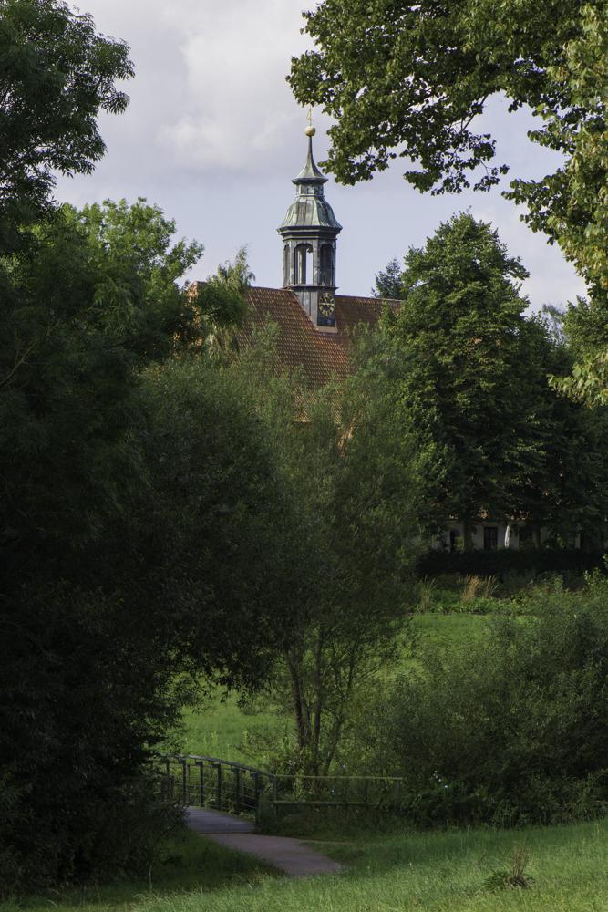 Ahrensburg, Evangelische Kirche und Park am Schloss
