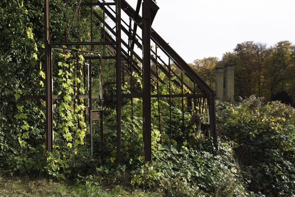 Potsdam, Königlicher Weinberg Park Sanssouci, Reste eines Gewächshauses