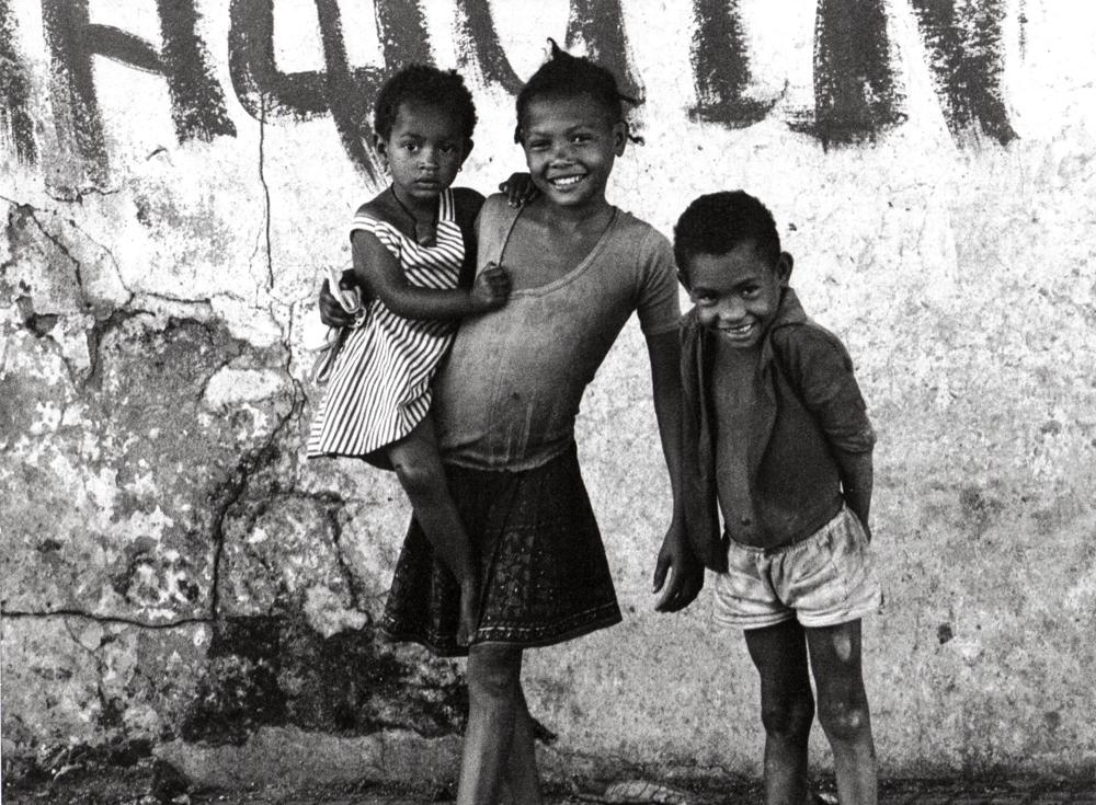 Angola, Luanda, Kinder am Hafen - (1976)