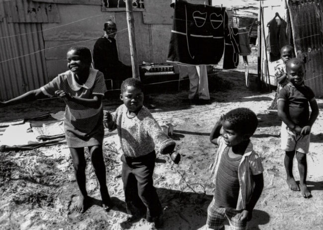 Südafrika, Kapstadt, Apartheid, Crossroads Open air disco - (1978)