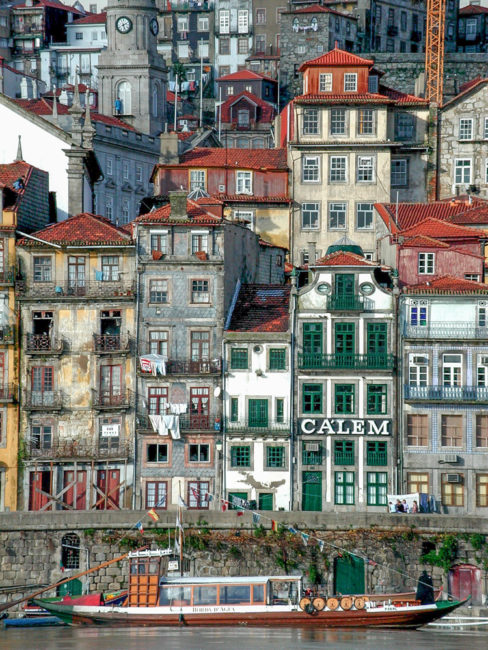 Portugal - Lissabon - Rabelo, traditionelle Portweinboote (2000)
